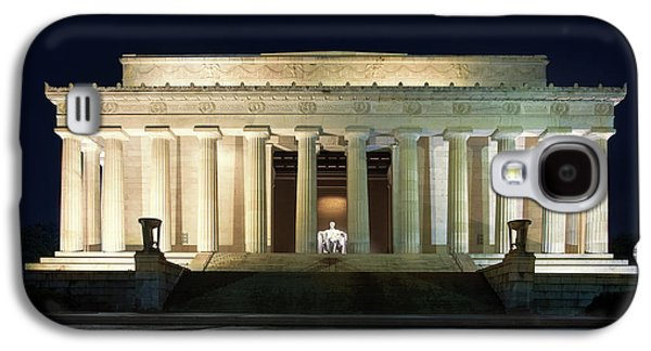 Lincoln Memorial At Twilight Galaxy S4 Case by Andrew Soundarajan