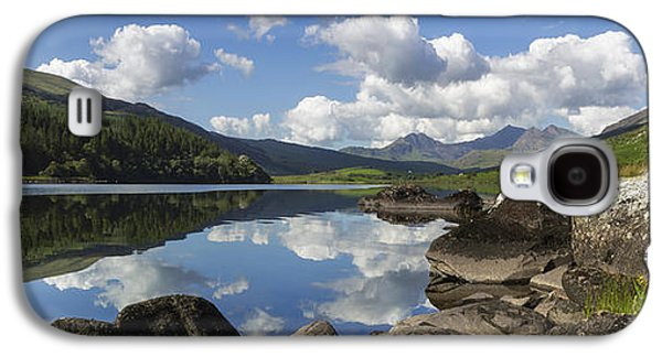 Sun Galaxy S4 Cases - Llyn Mymbyr and Snowdon Panorama Galaxy S4 Case by Ian Mitchell