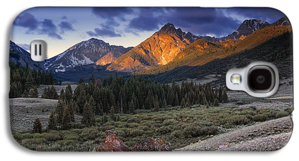 Lost River Mountains Moon Galaxy S4 Case by Leland D Howard