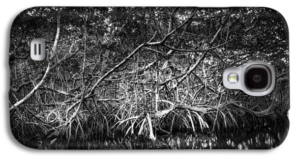 Low Tide Bw Galaxy S4 Case by Marvin Spates