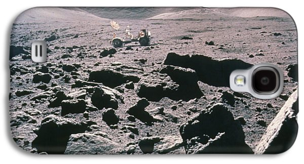 Camelot Galaxy S4 Cases - Lunar Rover At Rim Of Camelot Crater Galaxy S4 Case by NASA / Science Source