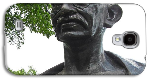 People Sculptures Galaxy S4 Cases - Mahatma Gandhi Galaxy S4 Case by John Malone