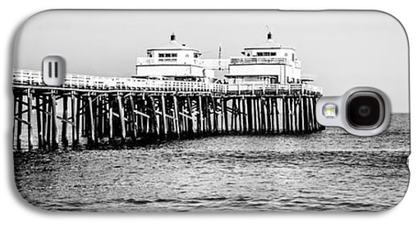 Landmarks Photographs Galaxy S4 Cases - Malibu Pier Black and White Panorama Picture Galaxy S4 Case by Paul Velgos