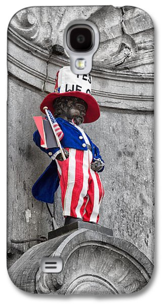 American Independance Photographs Galaxy S4 Cases - Manneken Pis on the Fourth of July Galaxy S4 Case by Nomad Art And  Design