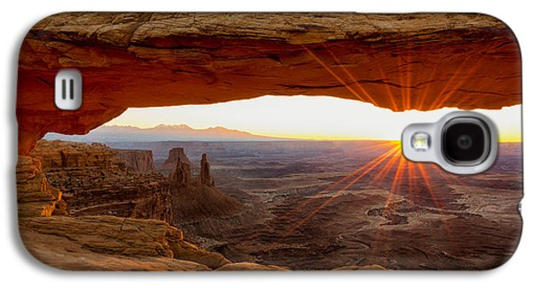 Nature Photographs Galaxy S4 Cases - Mesa Arch Sunrise - Canyonlands National Park - Moab Utah Galaxy S4 Case by Brian Harig