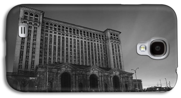 Old Man Digital Art Galaxy S4 Cases - Michigan Central Station At Midnight Galaxy S4 Case by Gordon Dean II