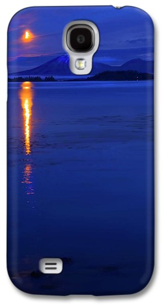 Moonrise Galaxy S4 Cases - Moon Rise over Mt. Edgecumbe Galaxy S4 Case by Mike  Dawson