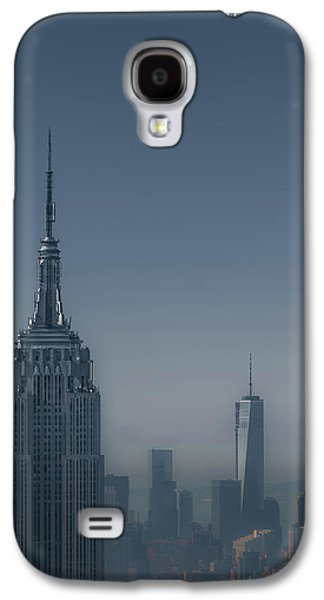 Architecture Photographs Galaxy S4 Cases - Morning in New York Galaxy S4 Case by Chris Fletcher