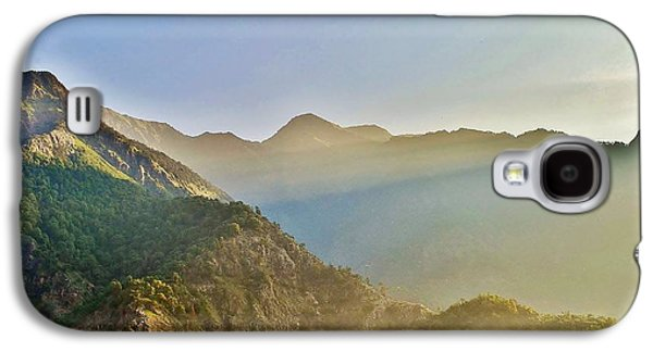 Sun Galaxy S4 Cases - Morning Shadows in the Himalayas Galaxy S4 Case by Kim Bemis