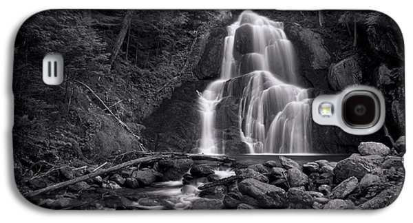 Tapestries Textiles Galaxy S4 Cases - Moss Glen Falls - Monochrome Galaxy S4 Case by Stephen Stookey