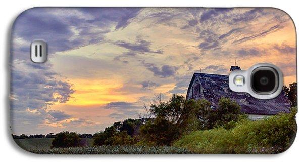 Landmarks Photographs Galaxy S4 Cases - Nebraska - Barn - Sunset Galaxy S4 Case by Nikolyn McDonald