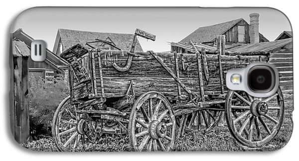 Conestoga Galaxy S4 Cases - Nevada City Montana Freight Wagon Galaxy S4 Case by Daniel Hagerman