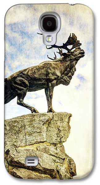 Newfoundland Caribou At Beaumont-hamel - Vintage Version Galaxy S4 Case by Weston Westmoreland