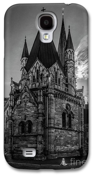 Nidaros Cathedral Galaxy S4 Case by Erik Brede