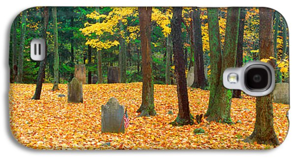 Headstones Galaxy S4 Cases - Noah Phelps Grave In Revolutionary War Galaxy S4 Case by Panoramic Images