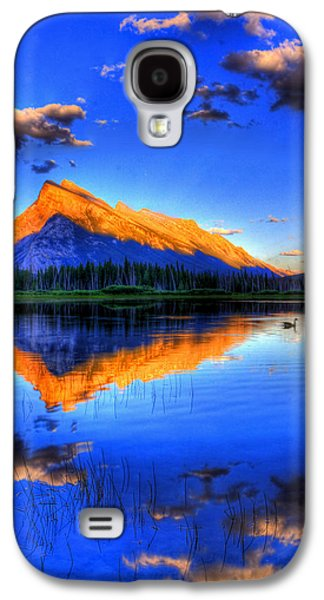 Sun Galaxy S4 Cases - Of Geese and Gods Galaxy S4 Case by Scott Mahon