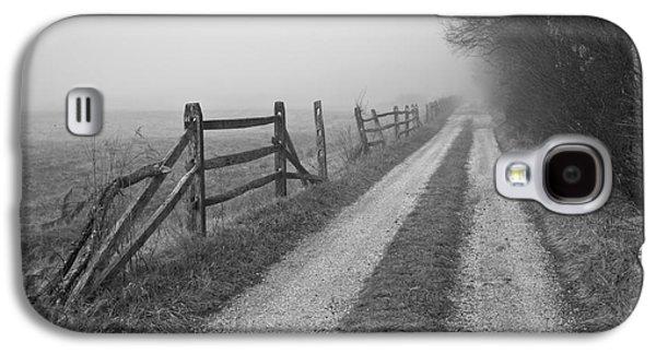 Gordon Photographs Galaxy S4 Cases - Old Farm Road Galaxy S4 Case by David Gordon