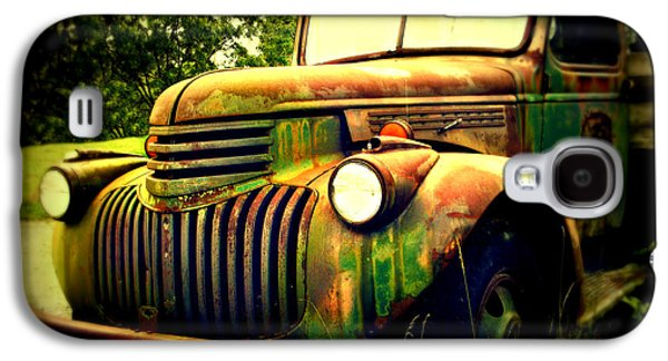 Old Trucks Photographs Galaxy S4 Cases - Old Flatbed 2 Galaxy S4 Case by Perry Webster