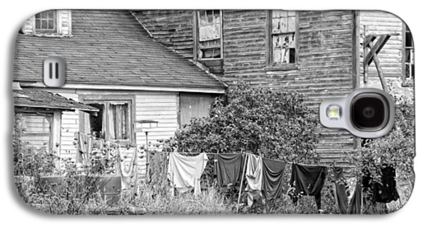 Laundry Galaxy S4 Cases - Old House With Laundry Black and White Photograph Galaxy S4 Case by Keith Webber Jr