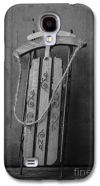 Old Toboggan Sled Galaxy S4 Case by Edward Fielding