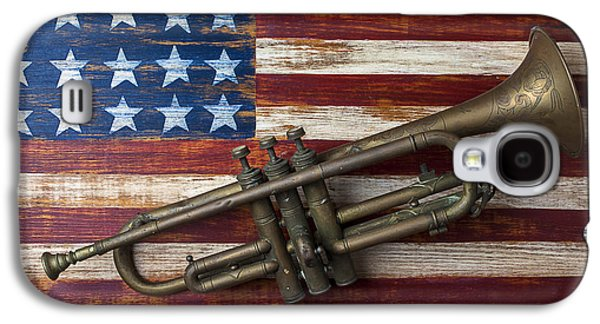 Old Trumpet On American Flag Galaxy S4 Case by Garry Gay