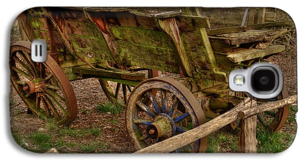 Wooden Wagons Galaxy S4 Cases - Old Wagon Galaxy S4 Case by Skitterphoto