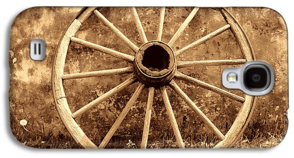 Old Wagon Wheel Galaxy S4 Case by American West Legend By Olivier Le Queinec