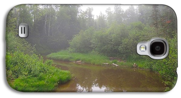 Girl Galaxy S4 Cases - Omans Creek on Misty Morning Galaxy S4 Case by Mikel Classen