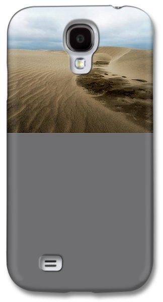 Agate Beach Oregon Galaxy S4 Cases - Oregon Dune Wasteland 1 Galaxy S4 Case by Ryan Manuel