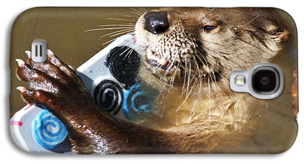 Otter Making A Call Galaxy S4 Case by Paulette Thomas