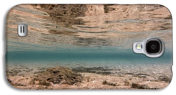 Ocean Art Photos Galaxy S4 Cases - Over And Under Galaxy S4 Case by Dan Holm