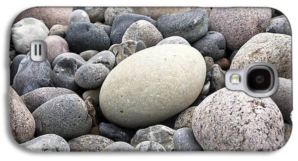Element Photographs Galaxy S4 Cases - Pebbles Galaxy S4 Case by Frank Tschakert