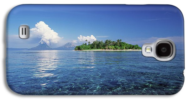 New Britain Galaxy S4 Cases - Pigin Island, Rabaul Harbour  East New Galaxy S4 Case by David Kirkland