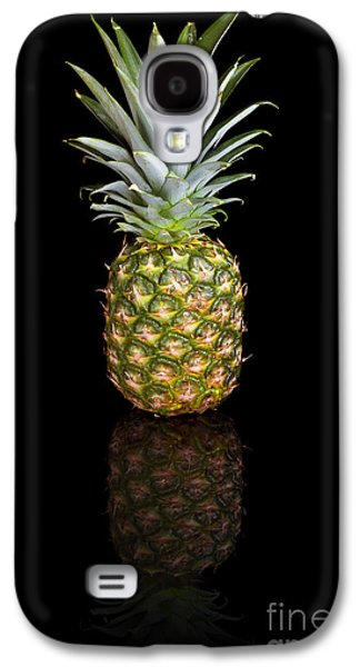 Studio Photographs Galaxy S4 Cases - Pineapple on a black reflective background Galaxy S4 Case by Sara Winter