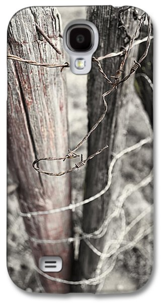 Old Fence Posts Galaxy S4 Cases - Points and Posts Galaxy S4 Case by Caitlyn  Grasso