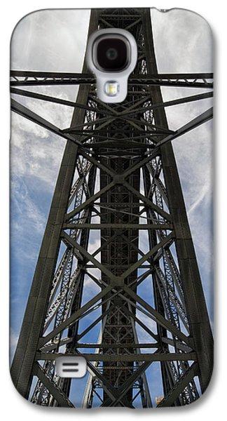 Abstract Forms Photographs Galaxy S4 Cases - Ponte Luiz I Bridge in Porto From Below Galaxy S4 Case by Artur Bogacki