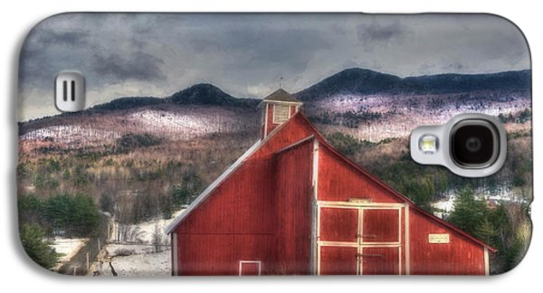 Red Barn In Winter Photographs Galaxy S4 Cases - Red Barn on Old Farm - Stowe Vermont Galaxy S4 Case by Joann Vitali