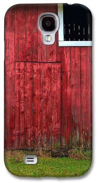 Red Barns Galaxy S4 Cases - Red Barn Wall Galaxy S4 Case by Steve Gadomski