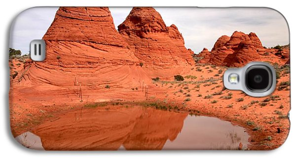 Holes In Sandstone Galaxy S4 Cases - Reflections At Paw Hole Galaxy S4 Case by Adam Jewell