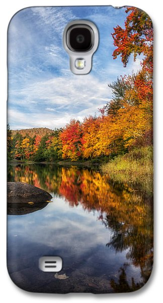 Beauty Mark Photographs Galaxy S4 Cases - Reflections of Fall Galaxy S4 Case by Mark Papke