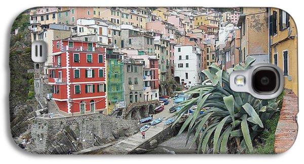 Fishing Village Galaxy S4 Cases - Riomaggiore Cinque Terre Galaxy S4 Case by Marilyn Dunlap
