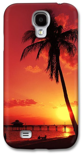 Evening Scenes Photographs Galaxy S4 Cases - Romantic Sunset Galaxy S4 Case by Melanie Viola