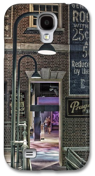 Lamp Post Mixed Media Galaxy S4 Cases - Rooms For Rent 25 Cents Signage Galaxy S4 Case by Thomas Woolworth