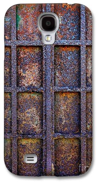 Grid Photographs Galaxy S4 Cases - Rusty Iron Window Galaxy S4 Case by Carlos Caetano