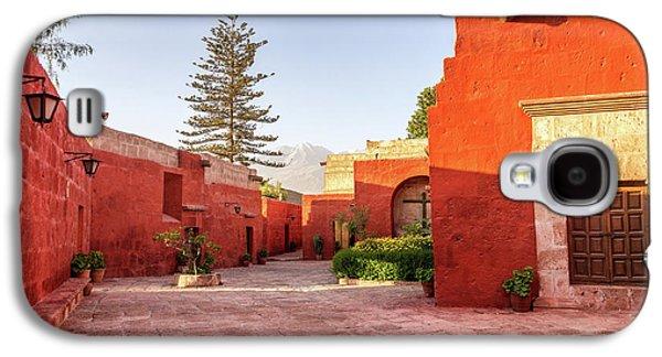 Santa Catalina Monastery Courtyard Galaxy S4 Case by Jess Kraft