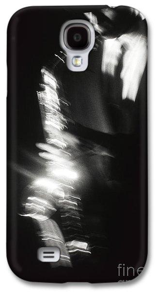 Saxophone Photographs Galaxy S4 Cases - Sax Player 3 Galaxy S4 Case by Tony Cordoza