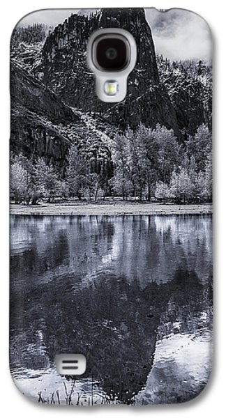 Reflections In Water Galaxy S4 Cases - Sentinel Rock Galaxy S4 Case by Bill Roberts