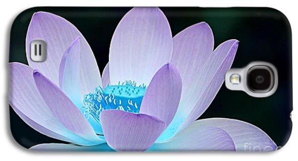 Flora Galaxy S4 Cases - Serene Galaxy S4 Case by Photodream Art