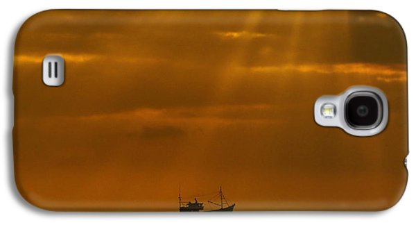 Light Tapestries - Textiles Galaxy S4 Cases - Ship Rest Galaxy S4 Case by James Hennis