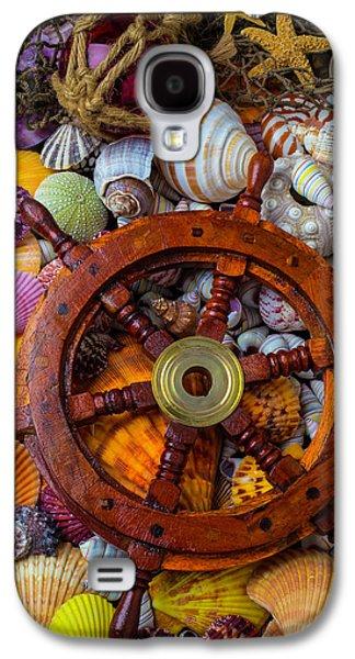 Ships Wheel Among Seashells Galaxy S4 Case by Garry Gay